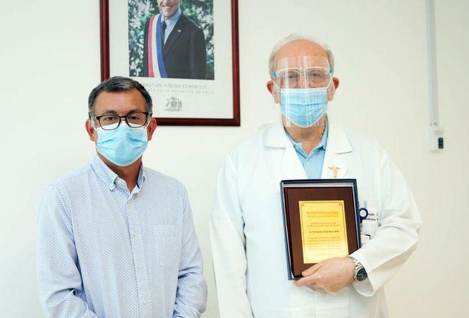 Con gran cariño despiden a destacado médico en el Hospital Provincial de Ovalle